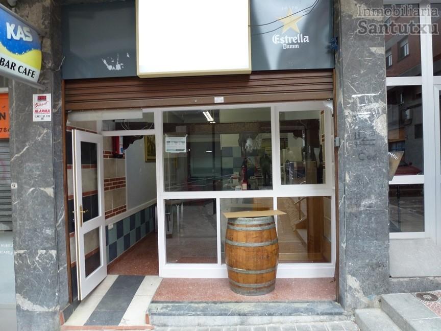 Bar junto Colegio Berriotxoa