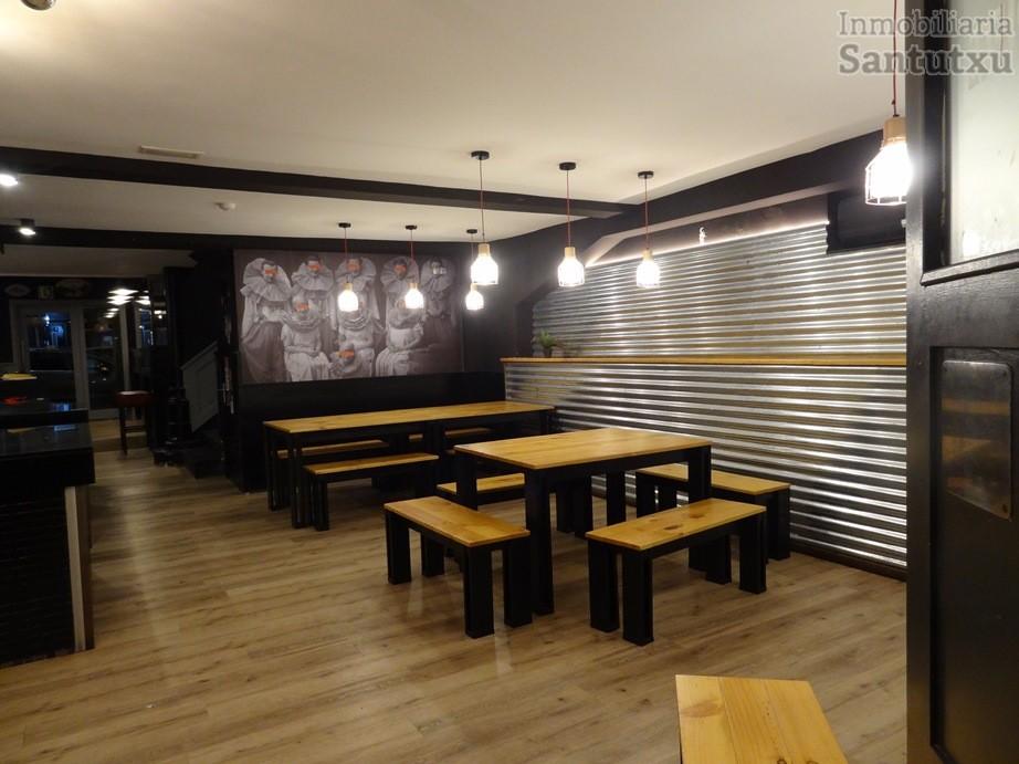 Oportunidad, bar restaurante completamente equipado.