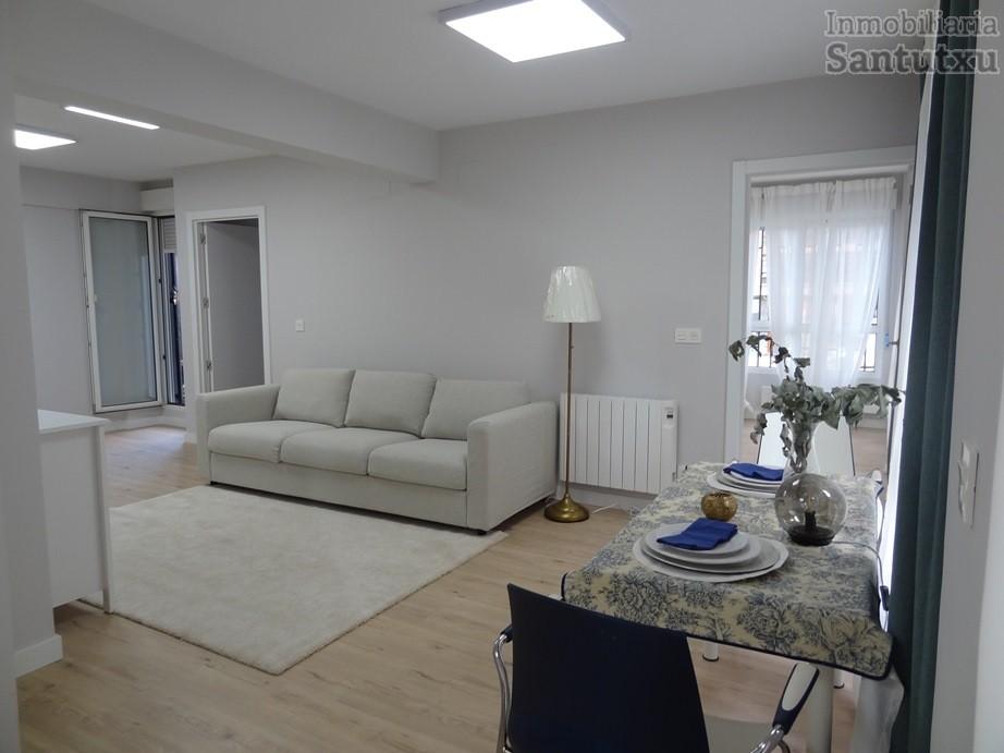 Precioso piso con terraza a estrenar!!